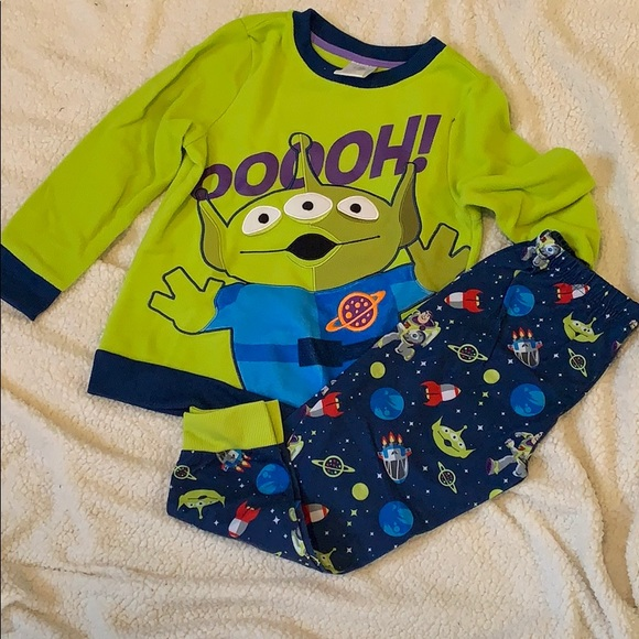 TOY STORY DISNEY TOY STORY 4 ALIEN TOP AND BOTTOM SET BNWT ALL AGES
